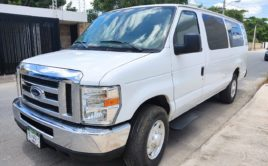Ford Econoline Van E350 XL Super Duty 2012