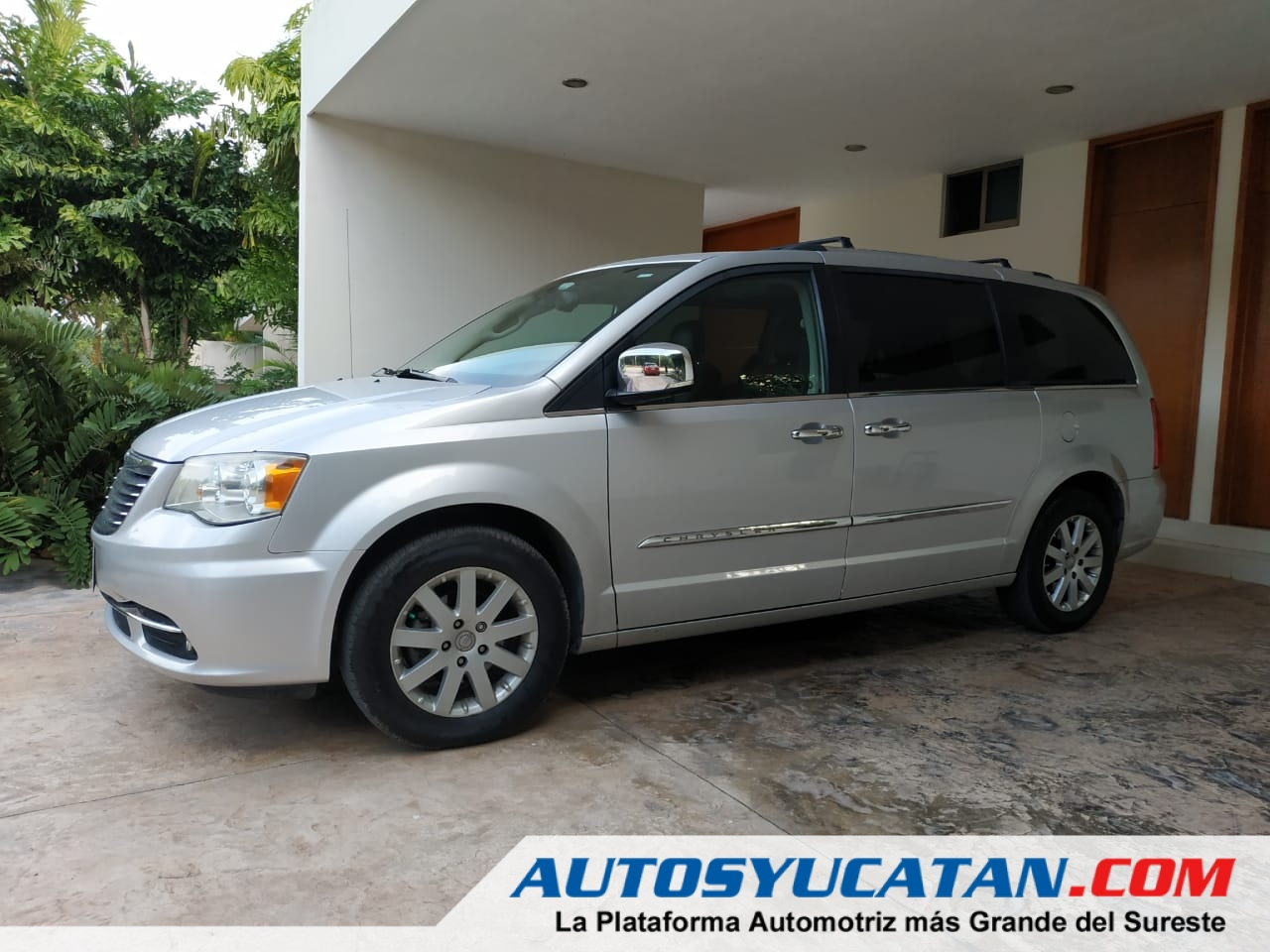 Town&Country Limited Plata Impecable